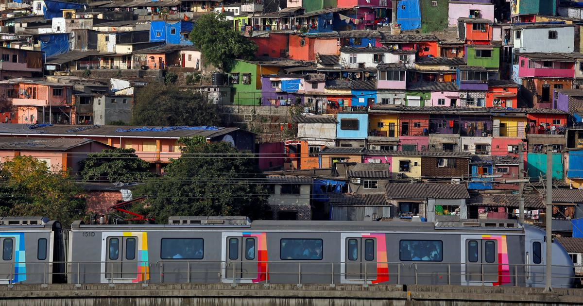 How strong is the link between Mumbai's slums and the spread of the coronavirus?