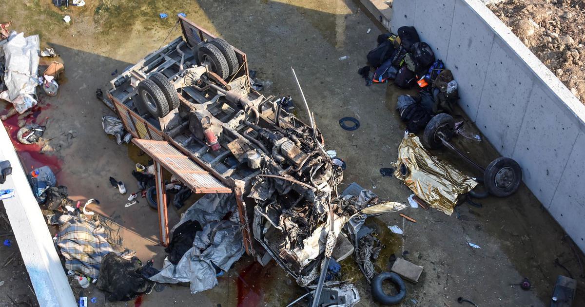 Turkey: 22 migrants killed in truck crash in Izmir province