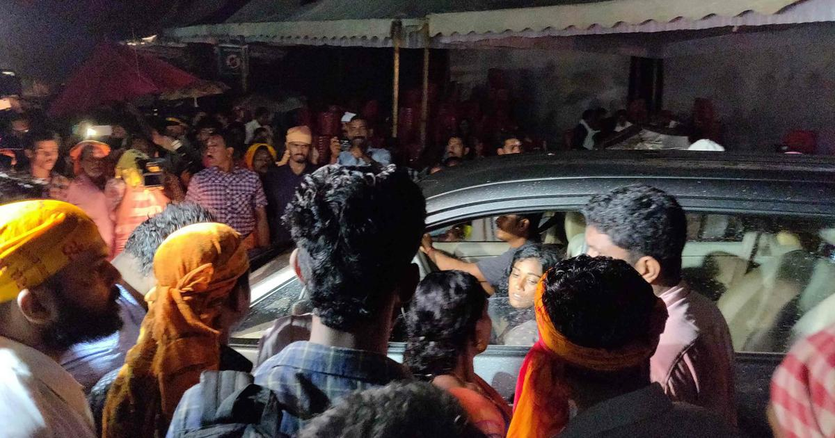 'Is there any woman on this bus?' As Sabarimala opens to all women, mobs guard its gates