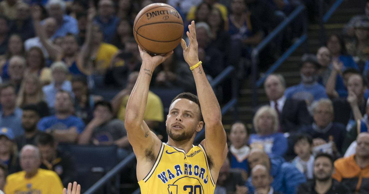 Curry powers Warriors over Cavs in NBA Finals rematch, Thunder strike back