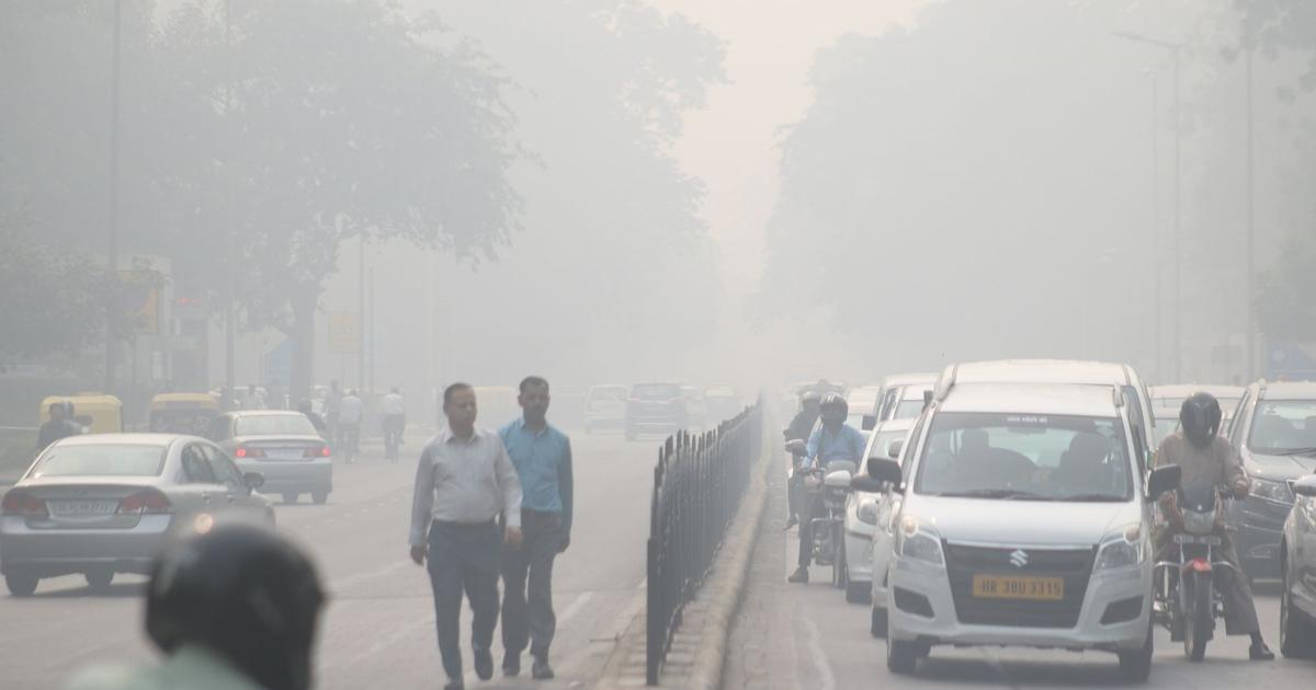 Delhi: Air quality remains in poor category for fourth straight day, likely to deteriorate