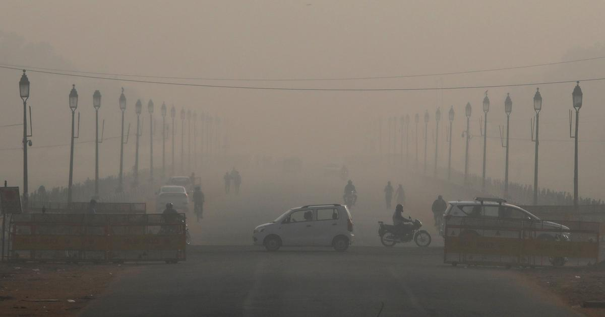 Delhi air quality remains 'very poor' due to unfavourable weather conditions