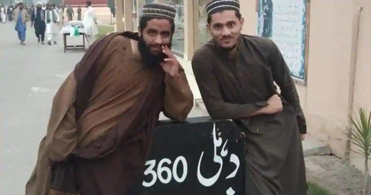 Delhi on alert as police release photo of two suspected Jaish-e-Mohammed operatives in the city