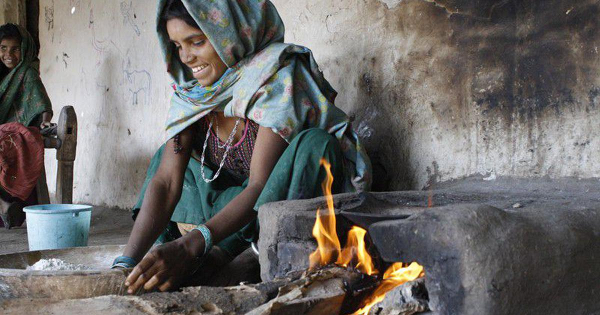 Most of the world's poor continue to use unhealthy and polluting traditional cookstoves