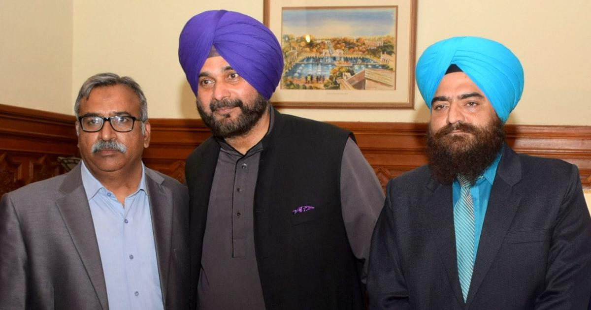 Navjot Singh Sidhu criticised after alleged Khalistani leader shares photo with him on Facebook