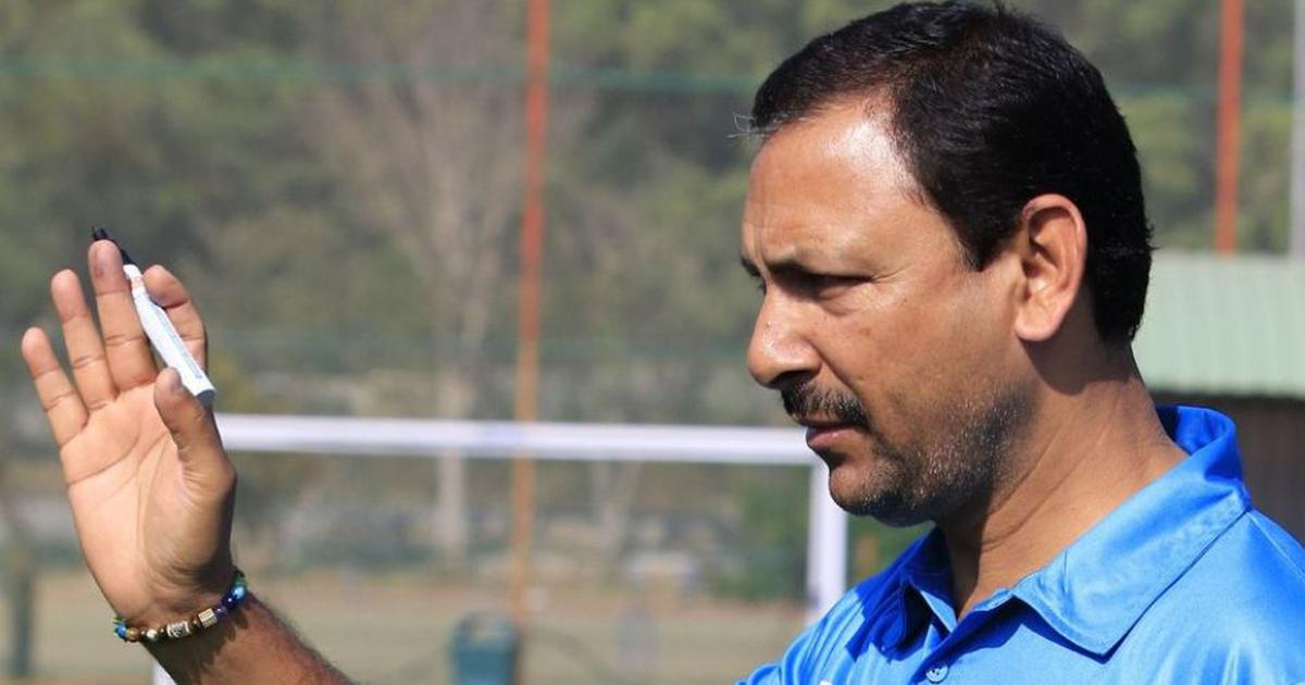 Former India hockey coach Harendra Singh to pursue career in football
