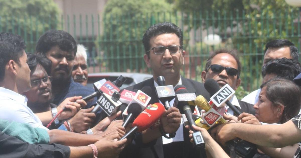 Uttar Pradesh: Samajwadi Party leader detained after scuffle with BJP spokesperson on live debate