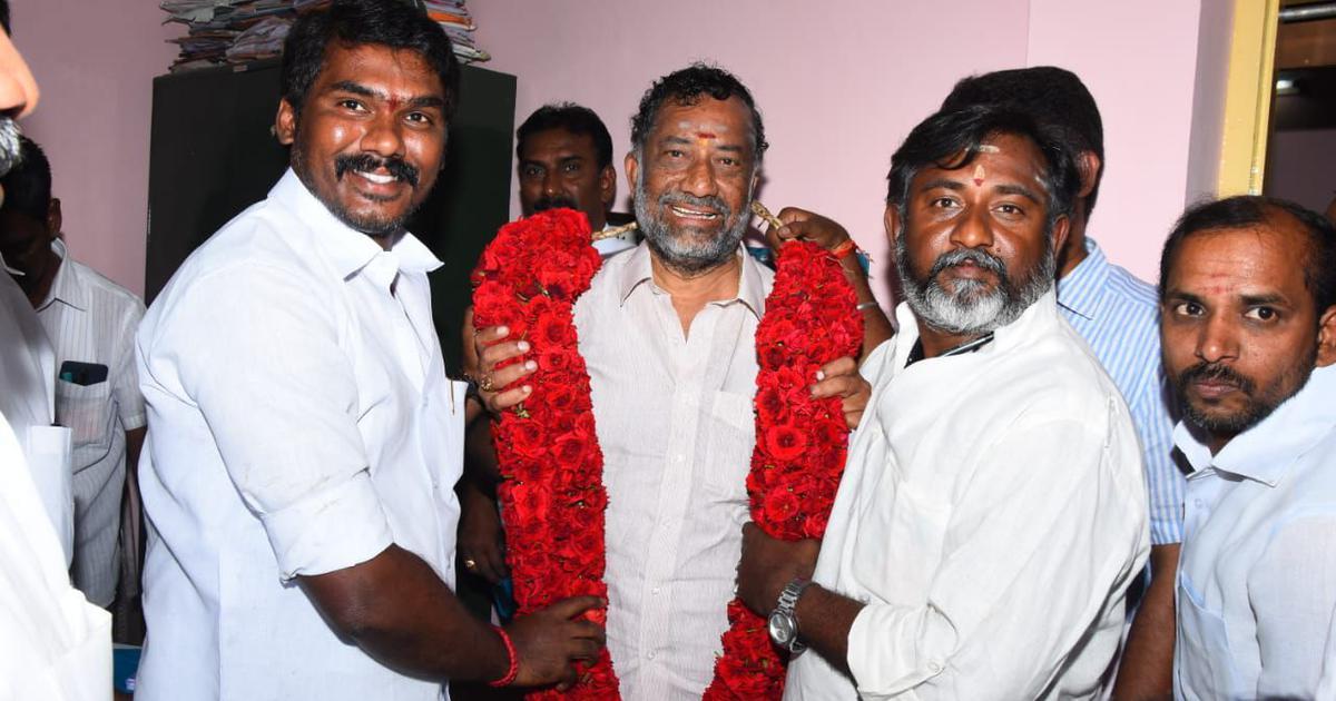 Tamil Nadu: AIADMK re-inducts Deputy CM Panneerselvam's expelled brother O Raja