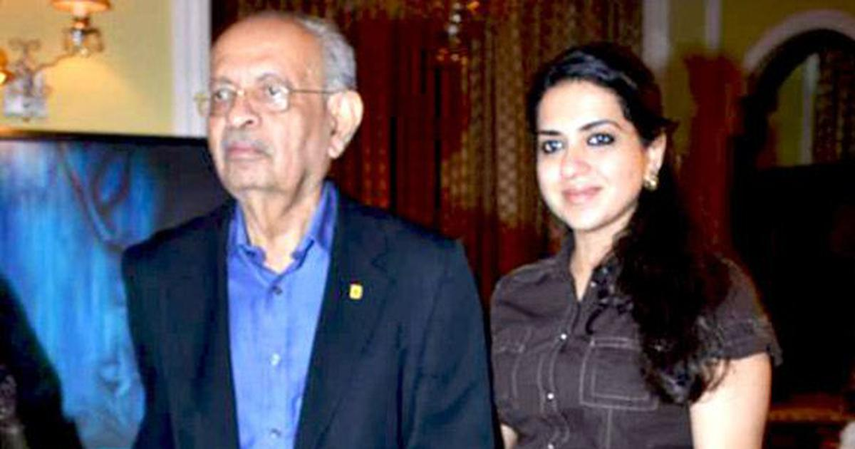 Nana Chudasama, former Mumbai sheriff who put up banners on Marine Drive for decades, dies at 86