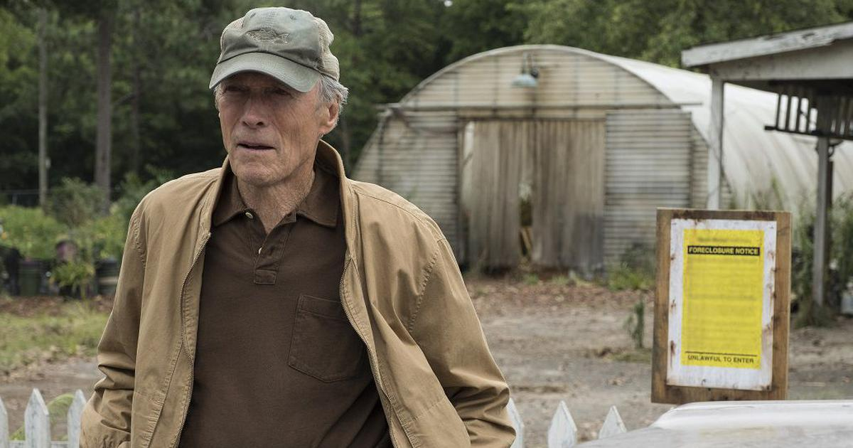 Clint Eastwood is 90 years old and where he belongs – on a movie set