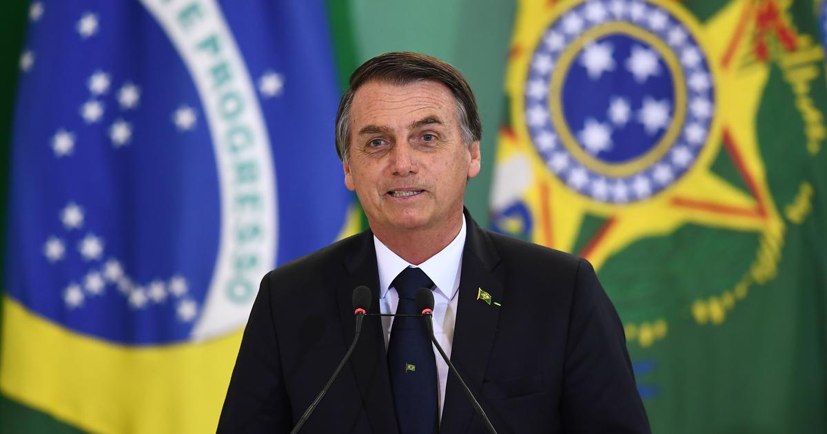 How Jair Bolsonaro used WhatsApp to circulate fake news – and win Brazil's presidency