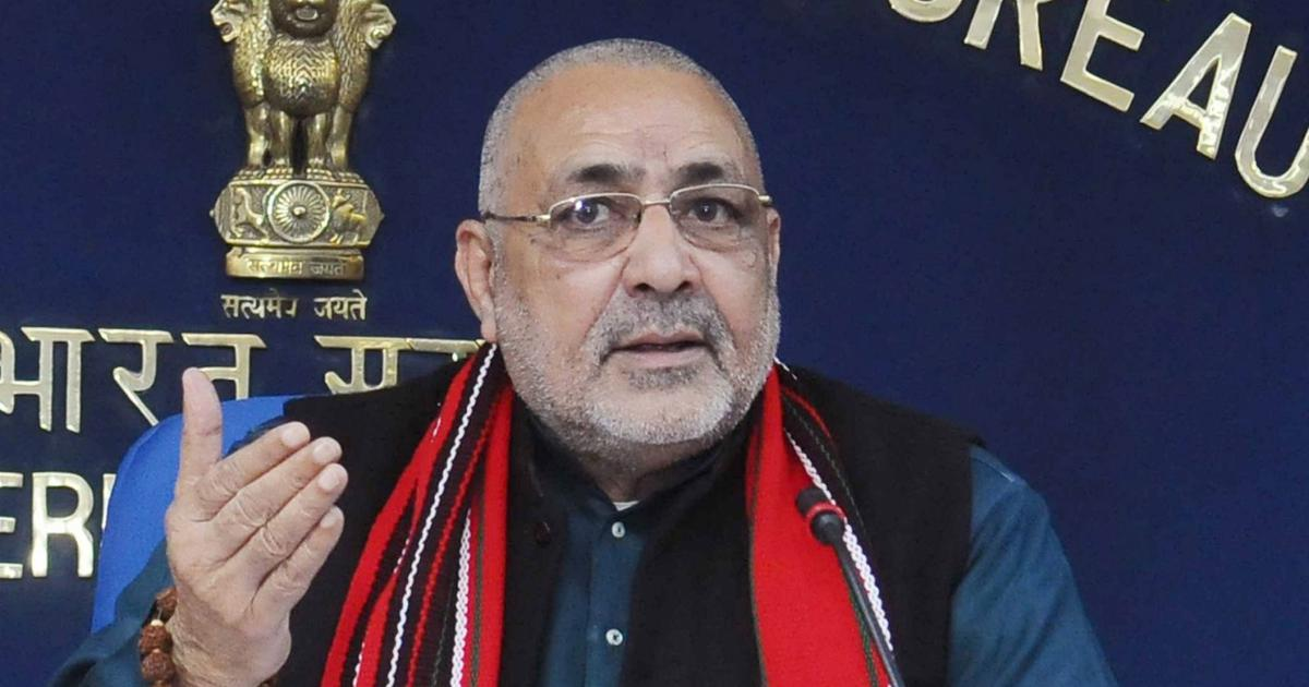 Bihar rains: Union minister Giriraj Singh says BJP-led NDA owes an apology to the people of Patna