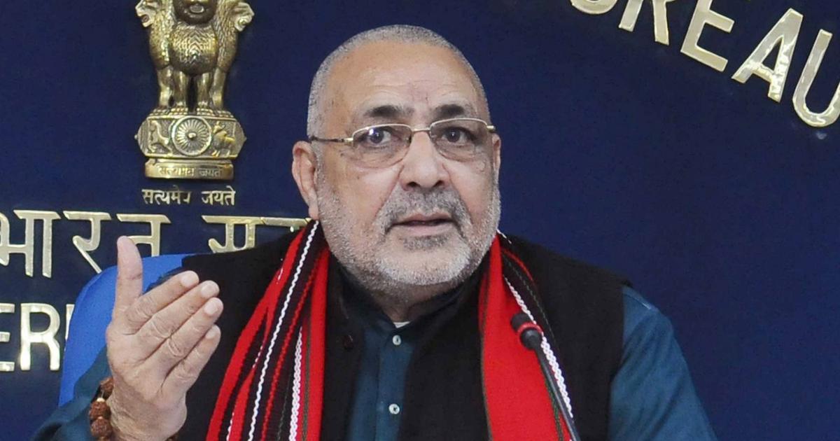 CAA: 'Deoband produces many terrorists like Hafiz Saeed', claims Union minister Giriraj Singh