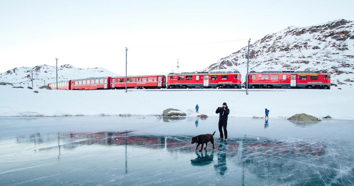 This book of train journeys shows how  exciting travel writing can be in the 21st Century