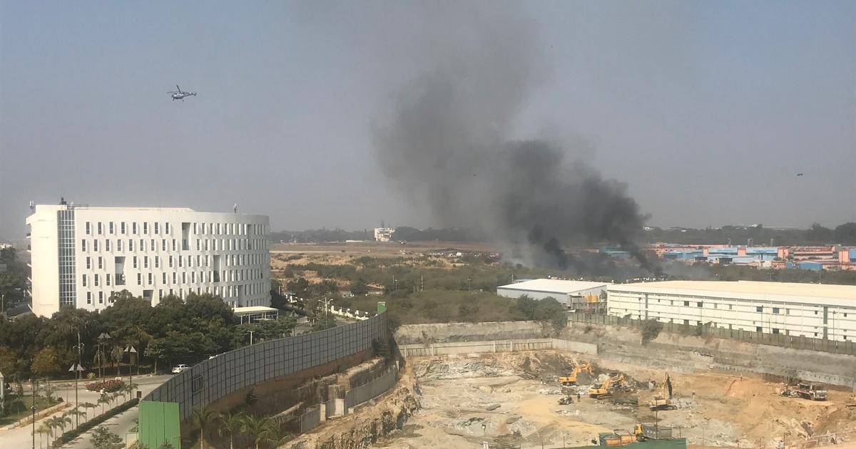 Bengaluru: Trainer fighter jet crashes near HAL airport, both pilots dead
