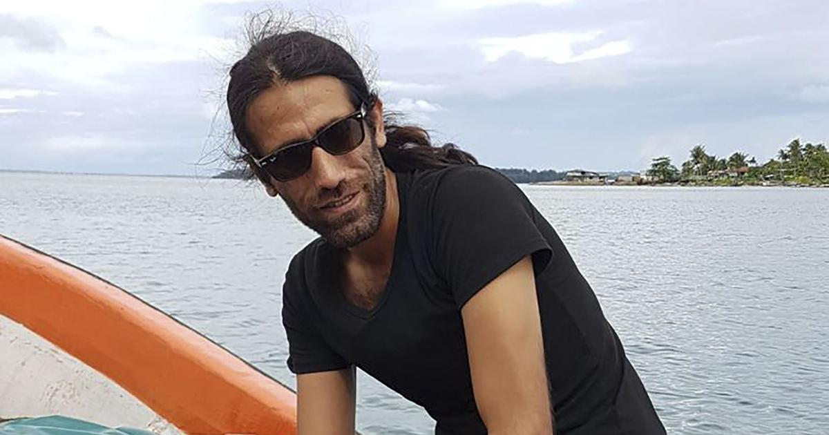 Behrouz Boochani wrote his novel in text messages. Now he has won Australia's biggest literary prize