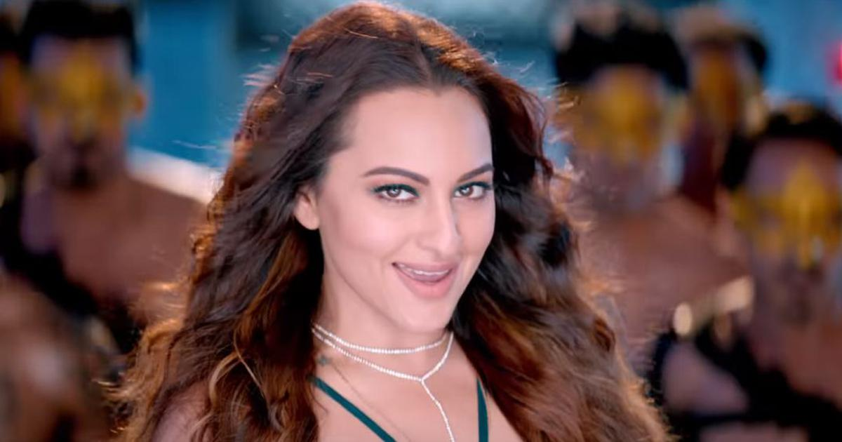 Song check: Sonakshi Sinha channels Helen in 'Mungda', the latest remix from 'Total Dhamaal'