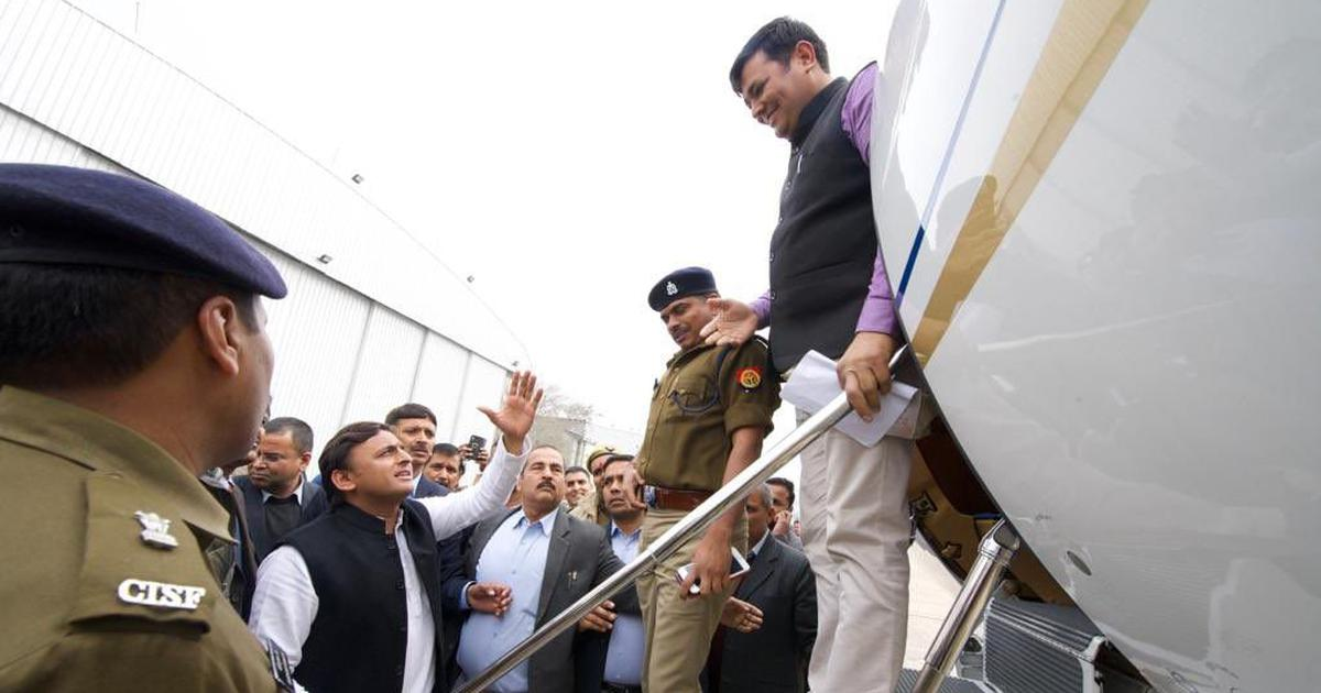 UP: Akhilesh Yadav stopped from flying to Prayagraj, Adityanath claims visit may have triggered row