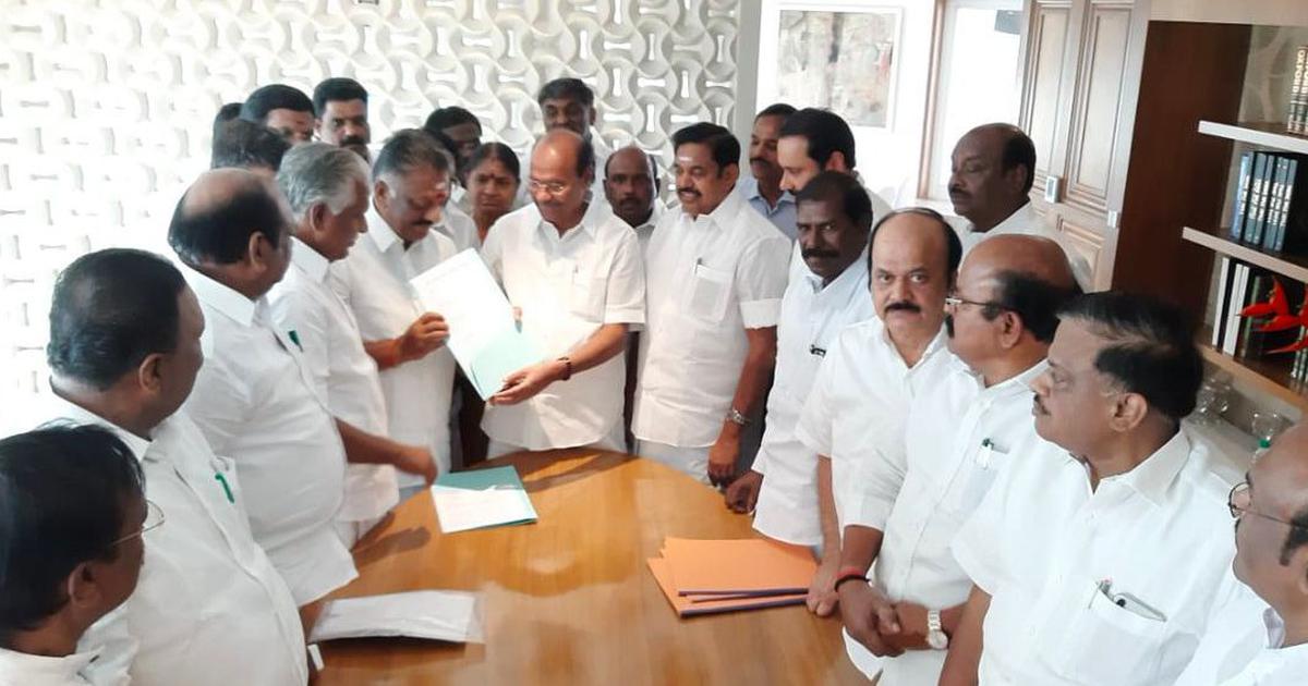 Tamil Nadu: Ruling AIADMK, PMK announce alliance for Lok Sabha elections