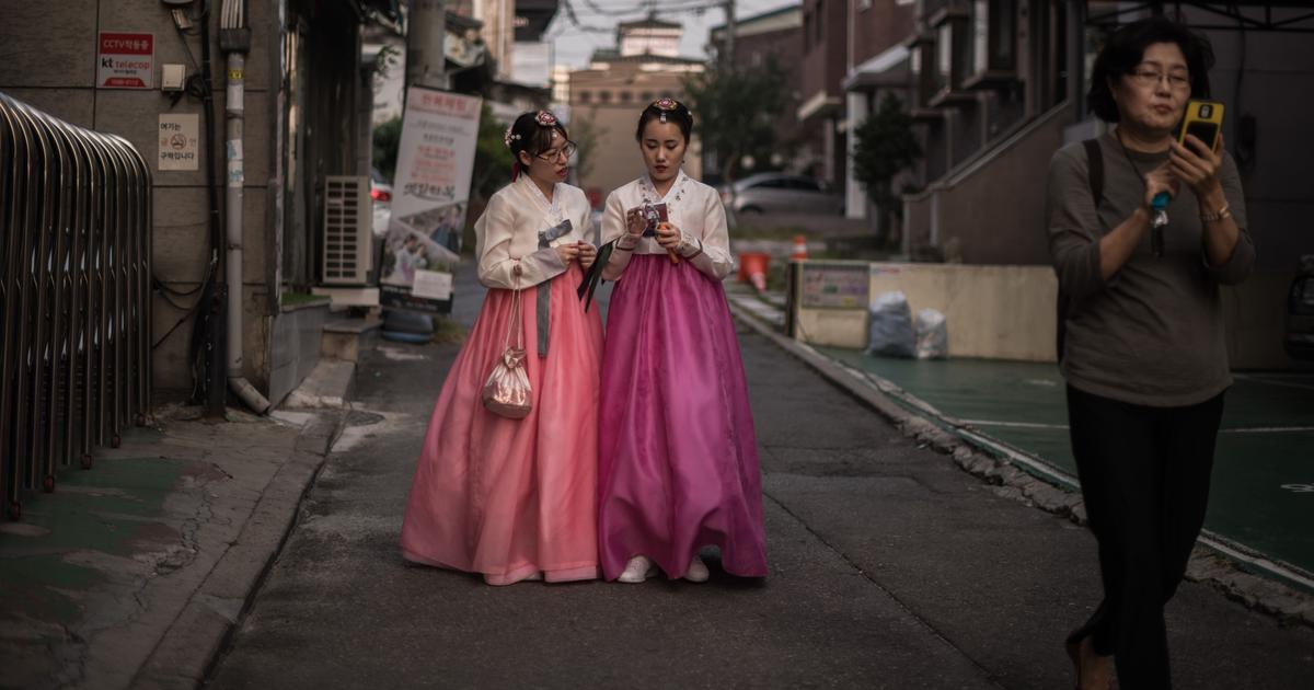 Why young people in South Korea are staying single despite government's efforts to spark dating