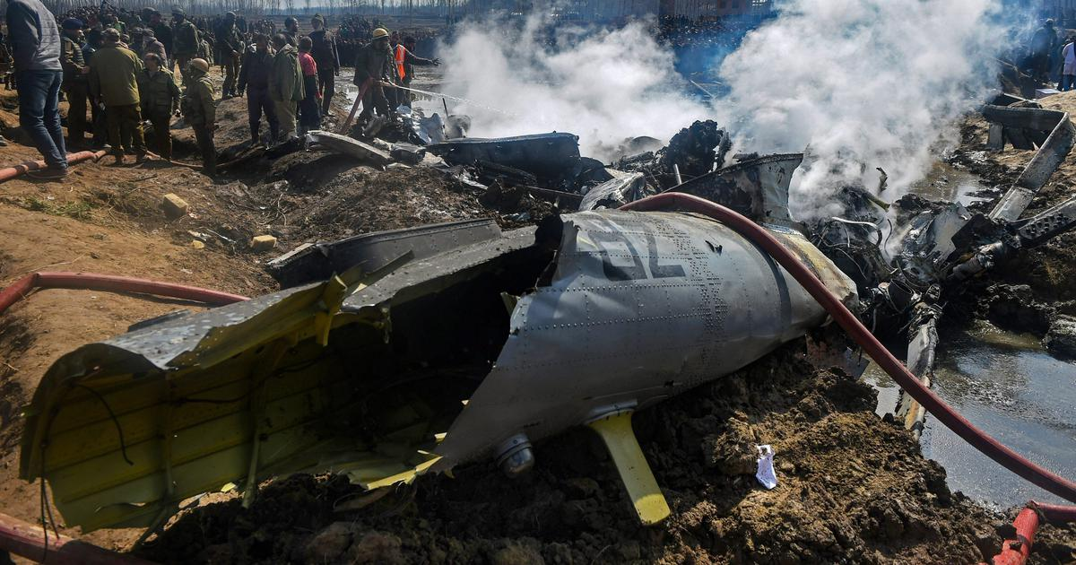J&K: Six IAF personnel, one civilian killed after aircraft crashes in Budgam