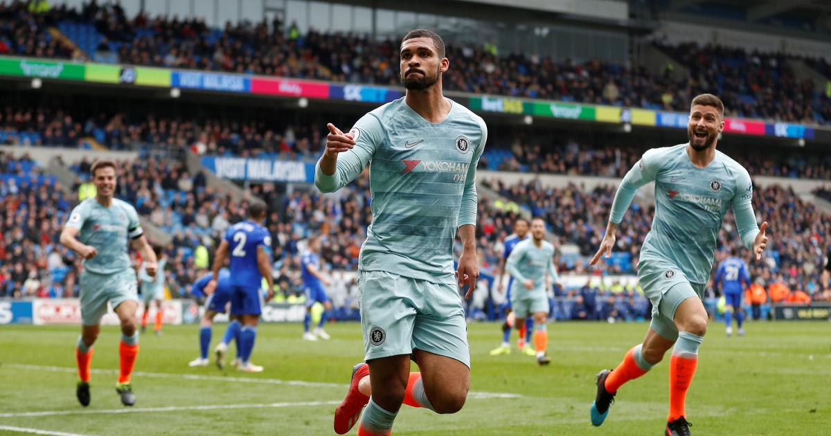 Premier League: Sarri lives to fight on as Chelsea avoid Cardiff embarrassment with two late goals