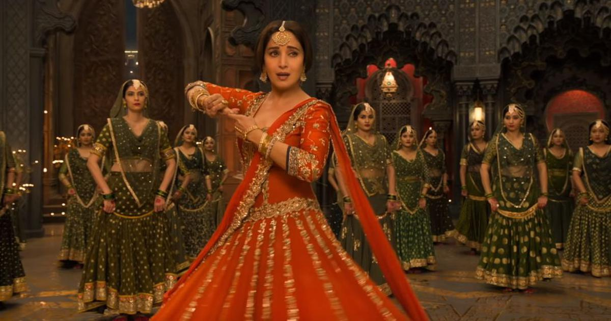 Song check: Madhuri Dixit dances to the sorrow of separation in 'Tabah Ho Gaye' from 'Kalank'