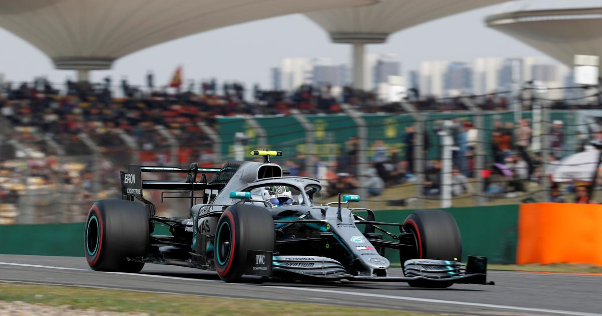Chinese Grand Prix: Valtteri Bottas takes pole position ahead of Mercedes teammate Lewis Hamilton