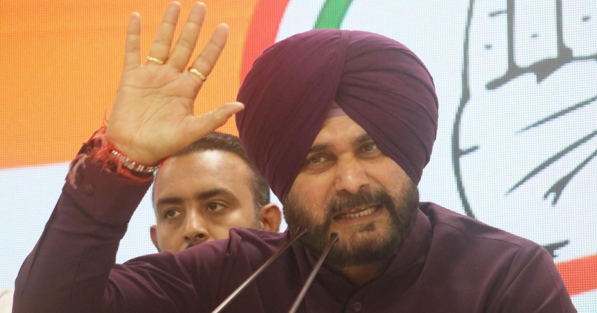 EC issues notice to Navjot Singh Sidhu for asking Muslims to vote to defeat Narendra Modi