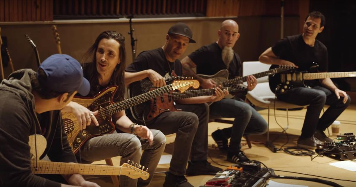 Ramin Djawadi covers 'Game Of Thrones' theme featuring Audioslave, Anthrax and Extreme guitarists