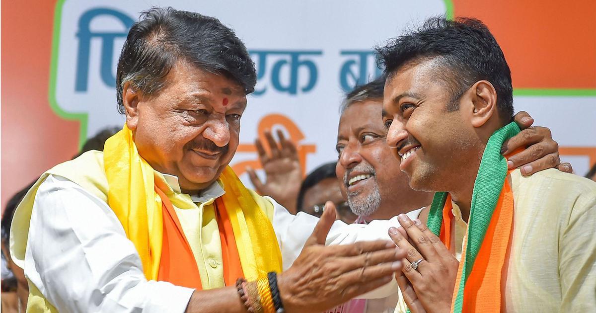 भाजपा नेता कैलाश विजयवर्गीय के बेटे ने अधिकारी को क्रिकेट बैट से पीटा, वीडियो वायरल
