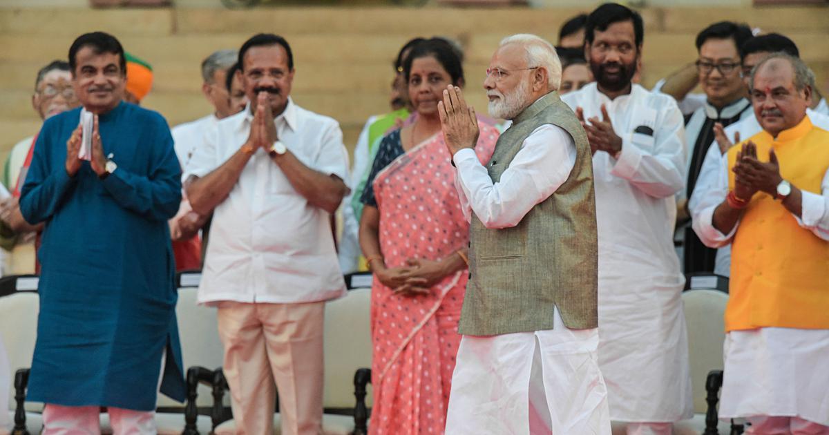 पांच सियासी संदेश जो नरेंद्र मोदी ने अपने नए मंत्रिमंडल के जरिए दिए हैं