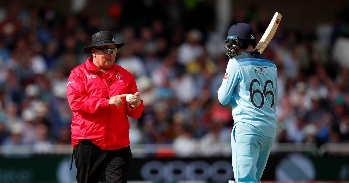 World Cup 2019: England, Pakistan players stopped from roughing up the ball by umpires