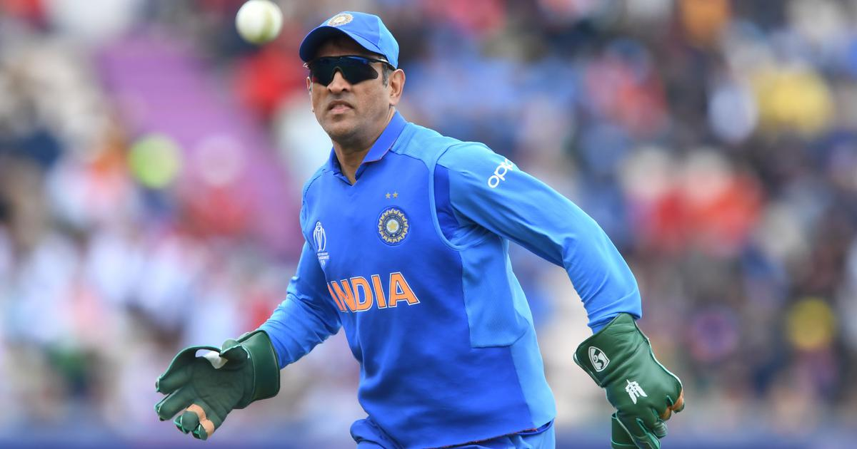 BCCI backs MS Dhoni after ICC request to remove insignia from gloves