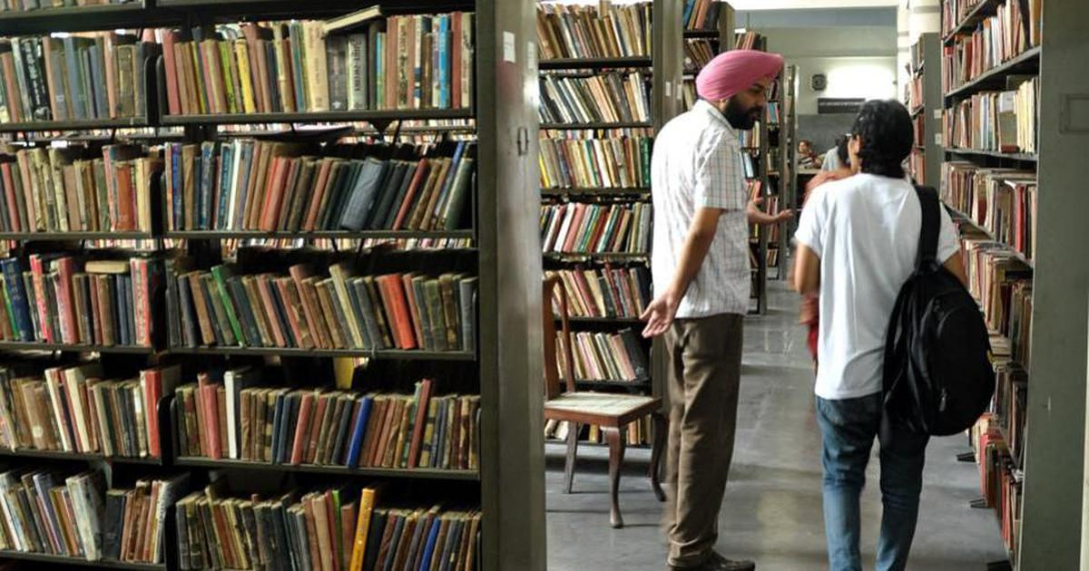 How much does India spend on its public libraries?