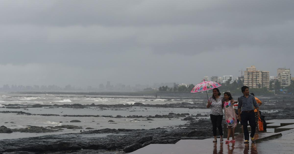 Mumbai: Heavy rainfall to continue till Monday, says weather department