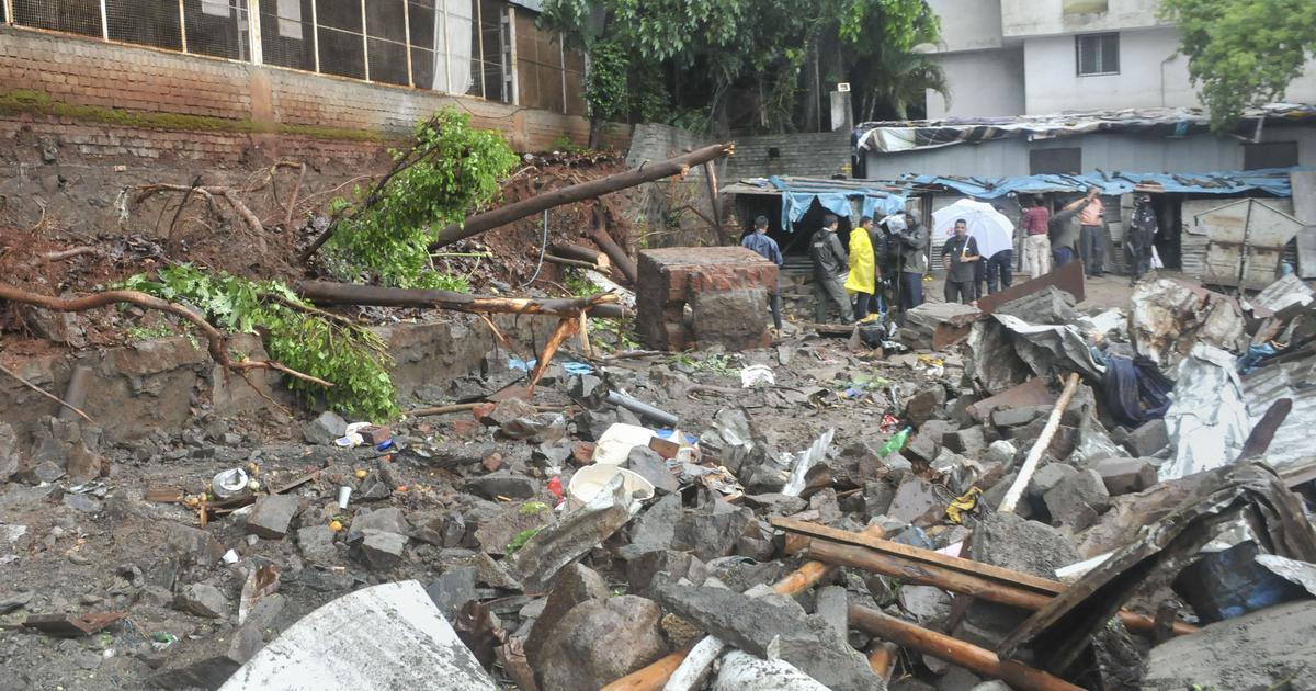 Pune: Six labourers killed as another wall collapses due to heavy rain