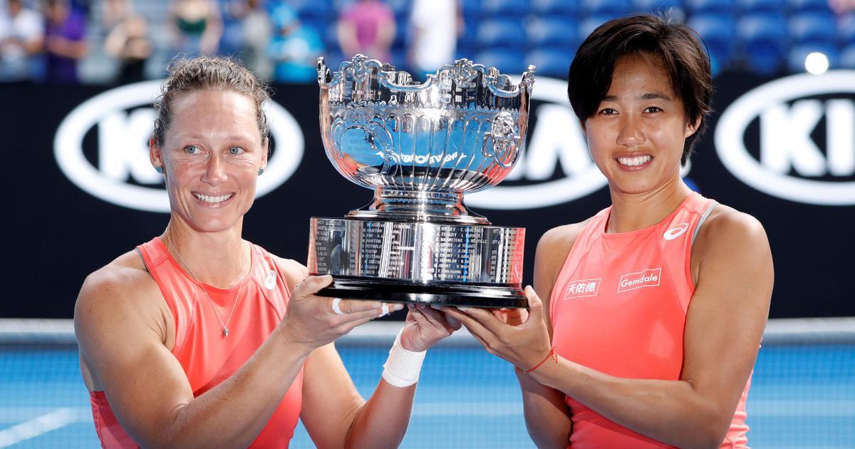 Wimbledon 2019: Simona Halep beats Zhang Shuai to reach last four