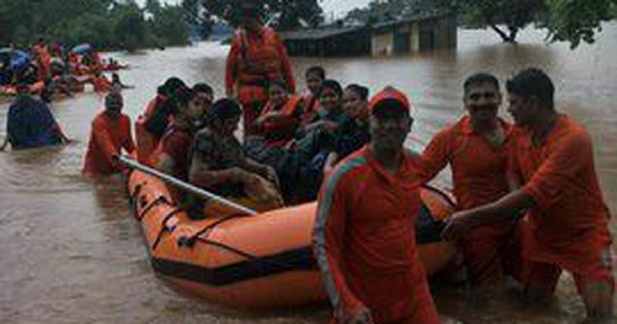 Mahalaxmi Express gets stranded near Mumbai due to heavy rain, all passengers rescued