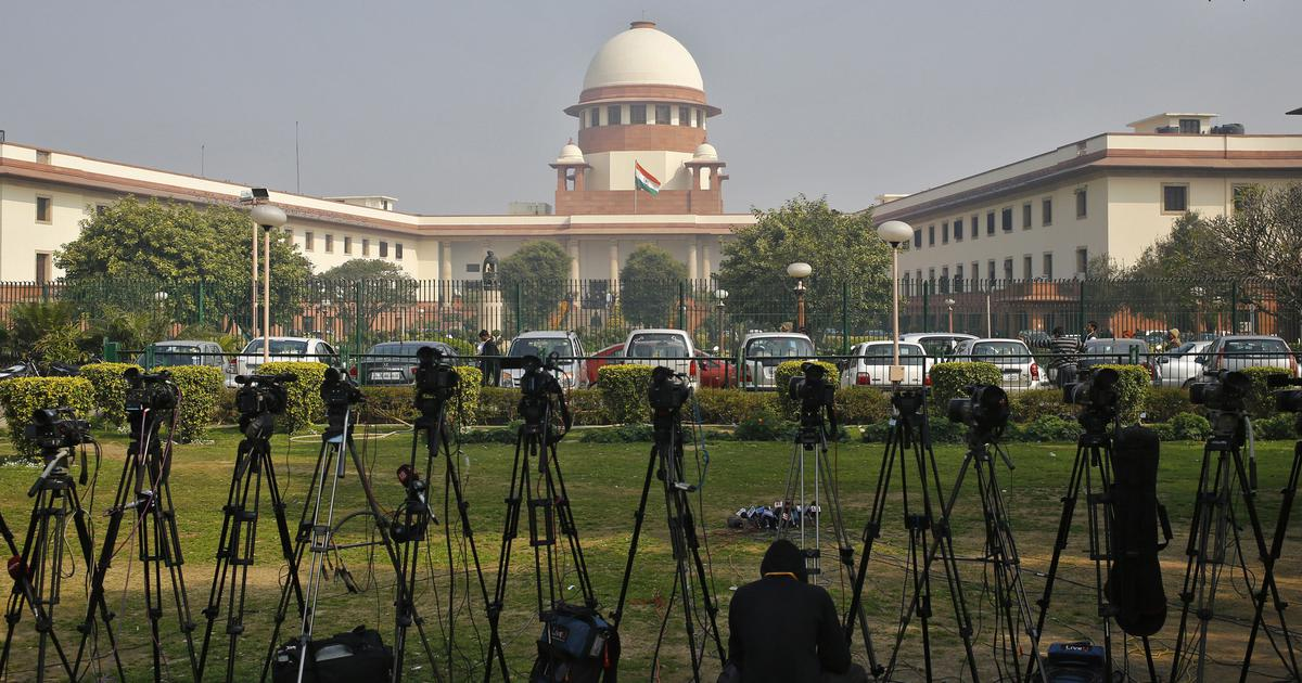 SC issues notices to Google, Facebook, WhatsApp, Amazon on plea seeking data protection on UPI apps