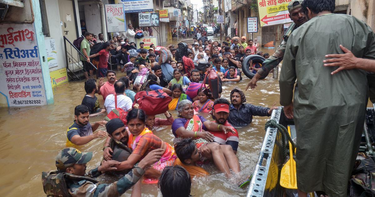 केरल में बारिश का कहर जारी, मरने वालों की संख्या 42 हुई