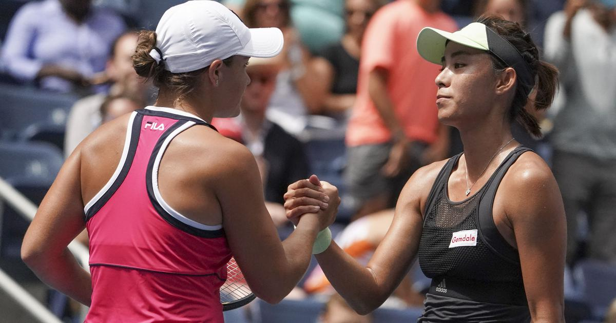 US Open, day 7 women's roundup: Serena marches on but hurts ankle; Barty, Pliskova knocked out