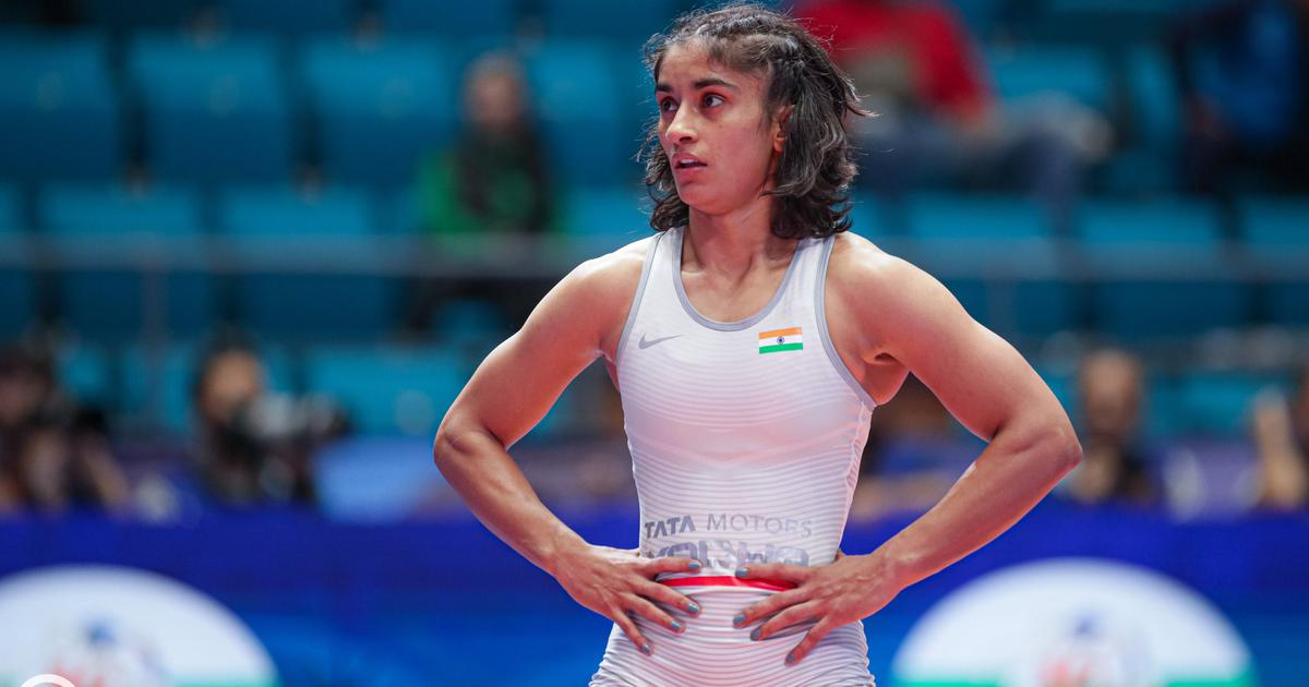 World Wrestling C'ships: Vinesh Phogat to compete for bronze, Pooja Dhanda reaches semis