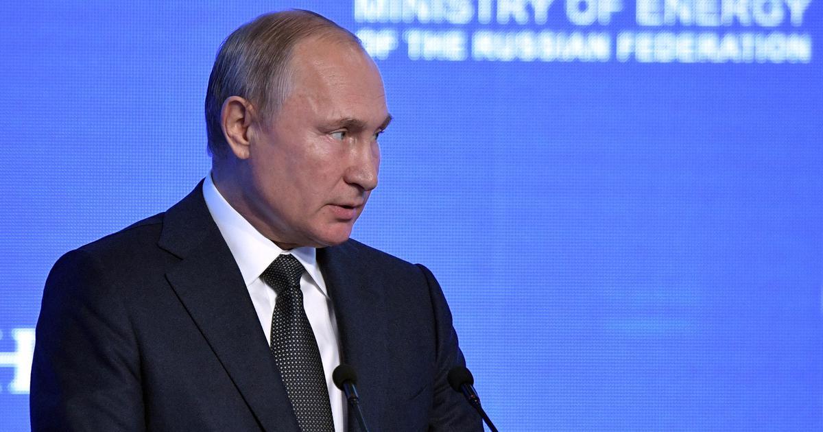 Coronavirus: Russian President Vladimir Putin orders mass vaccinations from next week