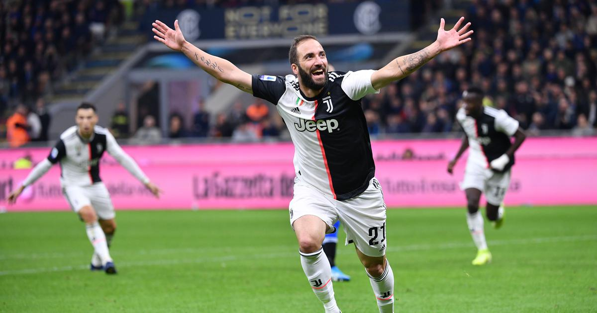 Serie A Juventus Ascend To Top After 2 1 Win Over Inter Milan Napoli Held To Draw By Torino
