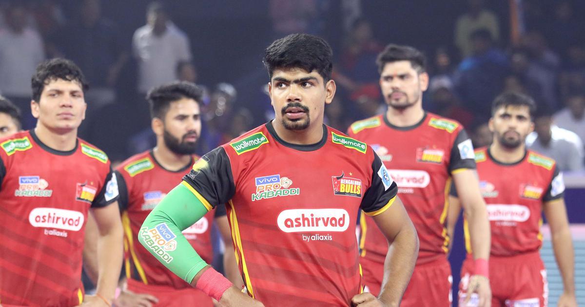Pro Kabaddi: Pawan Sehrawat takes Bengaluru Bulls into semis; U Mumba join them with easy victory