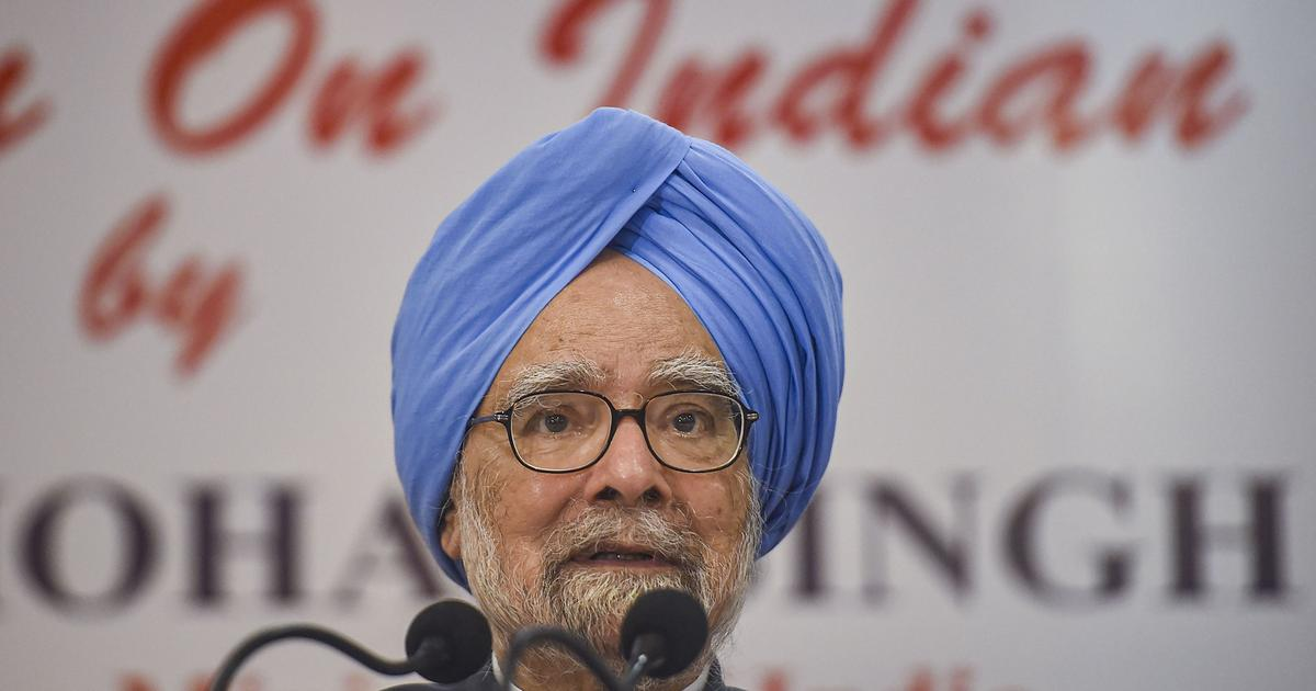 'Congress is not against Savarkar, it only opposes his Hindutva ideology,' says Manmohan Singh