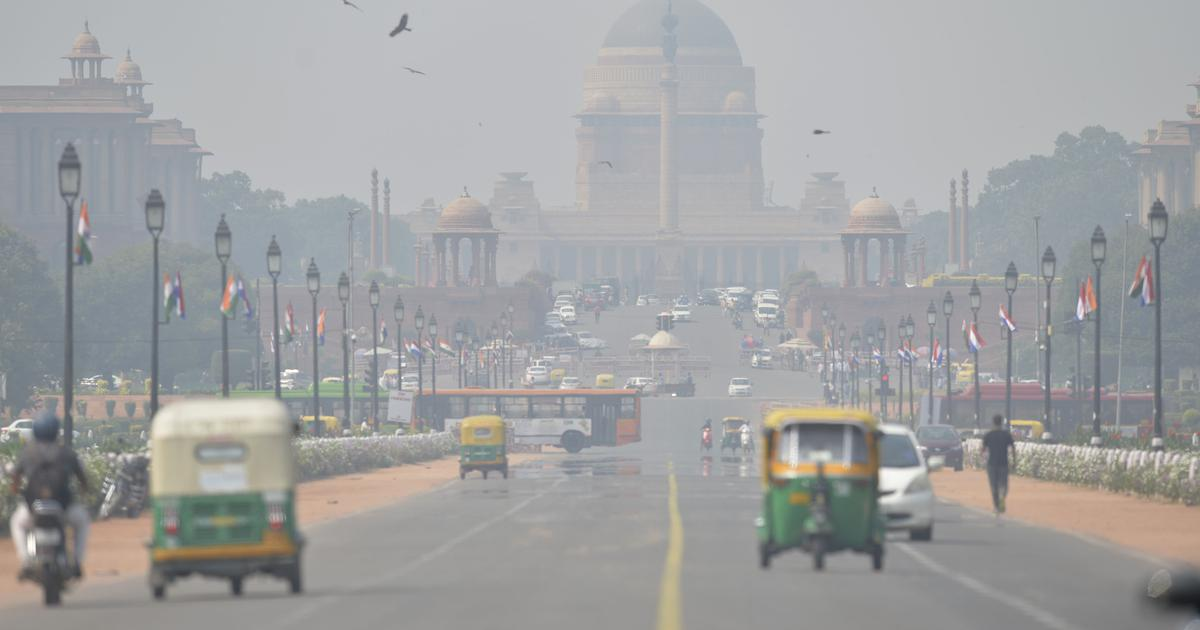 Air quality remains in 'poor' category in Delhi