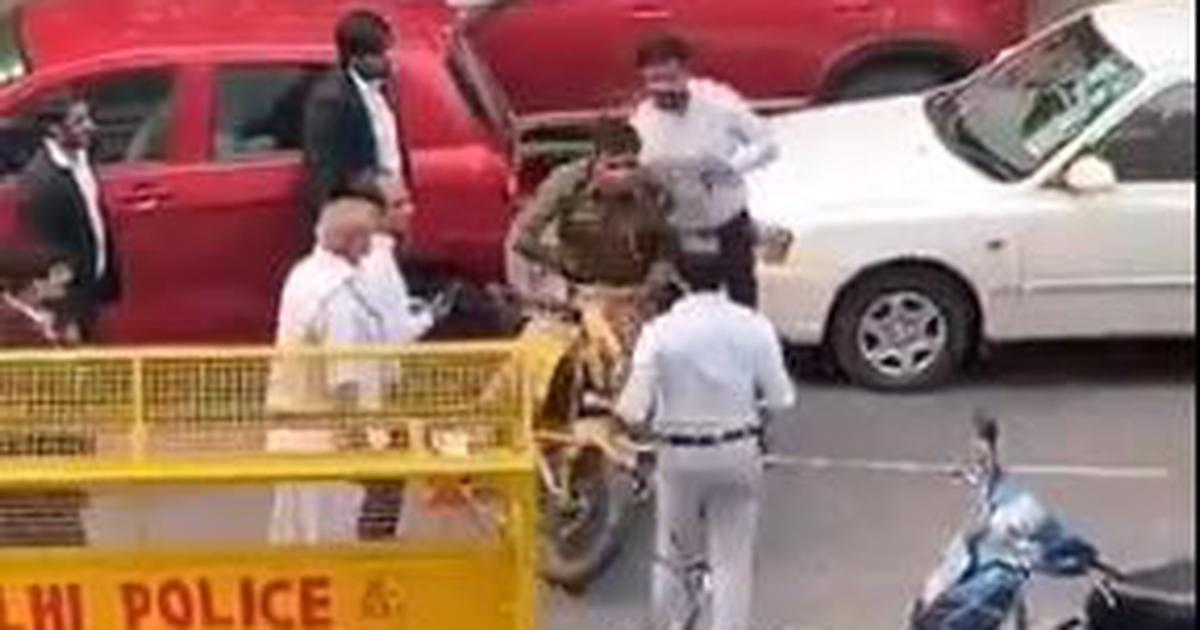Delhi: Lawyers heckle policeman outside Saket court, one of them slaps him