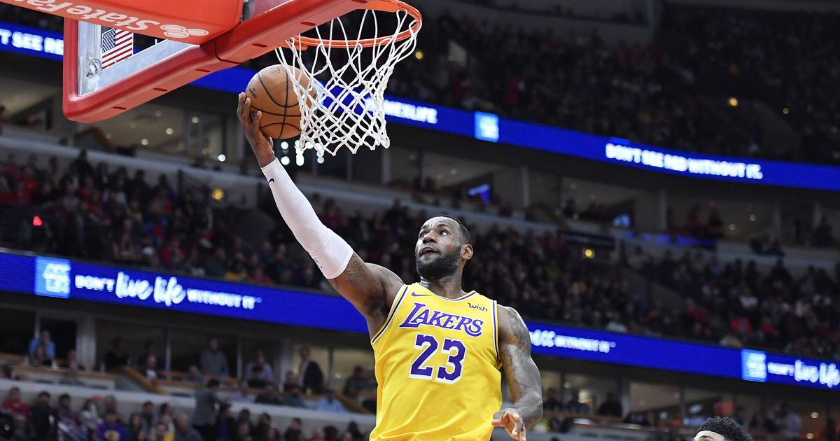 NBA wrap: Vintage LeBron James stars in Lakers' comeback win against Chicago Bulls